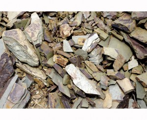 Wet Stone, chalk, limestone, salinity, and crushed rock can all be used to describe minerality.