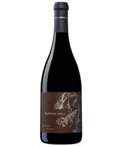 2018 Mending Wall Red Blend